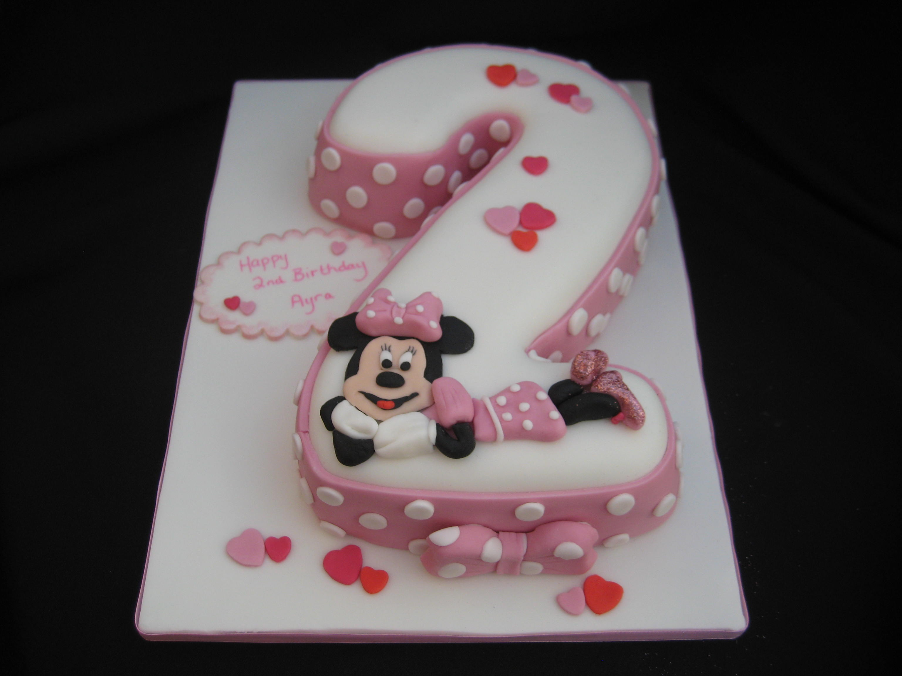 21 Figure Birthday Cakes: Minnie Mouse Figure 2 Birthday Cake