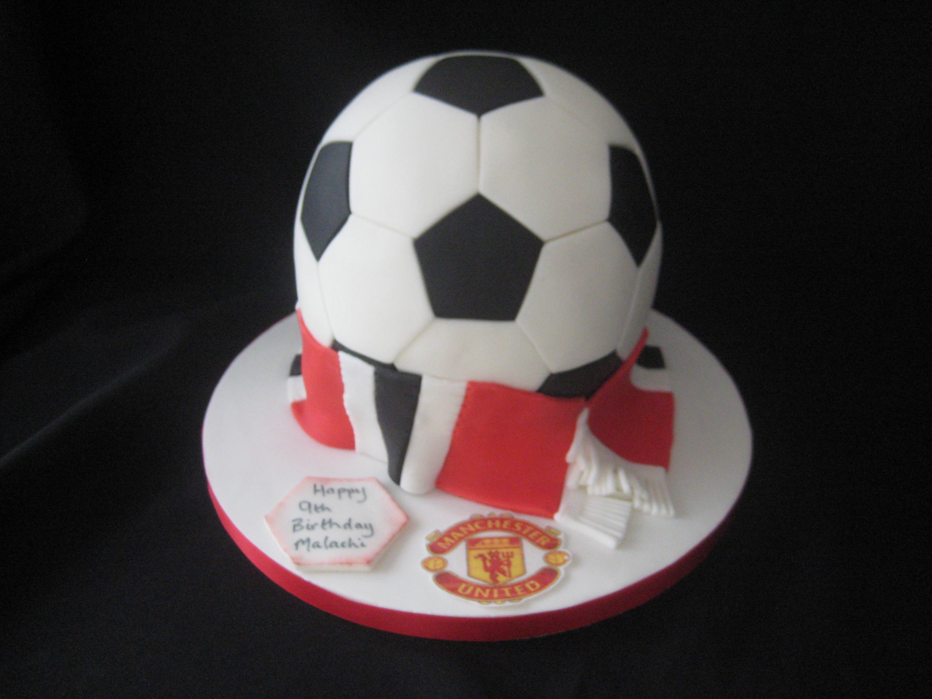 Magnificent Manchester United Football Birthday Cake Wendy Cakes Birthday Cards Printable Nowaargucafe Filternl